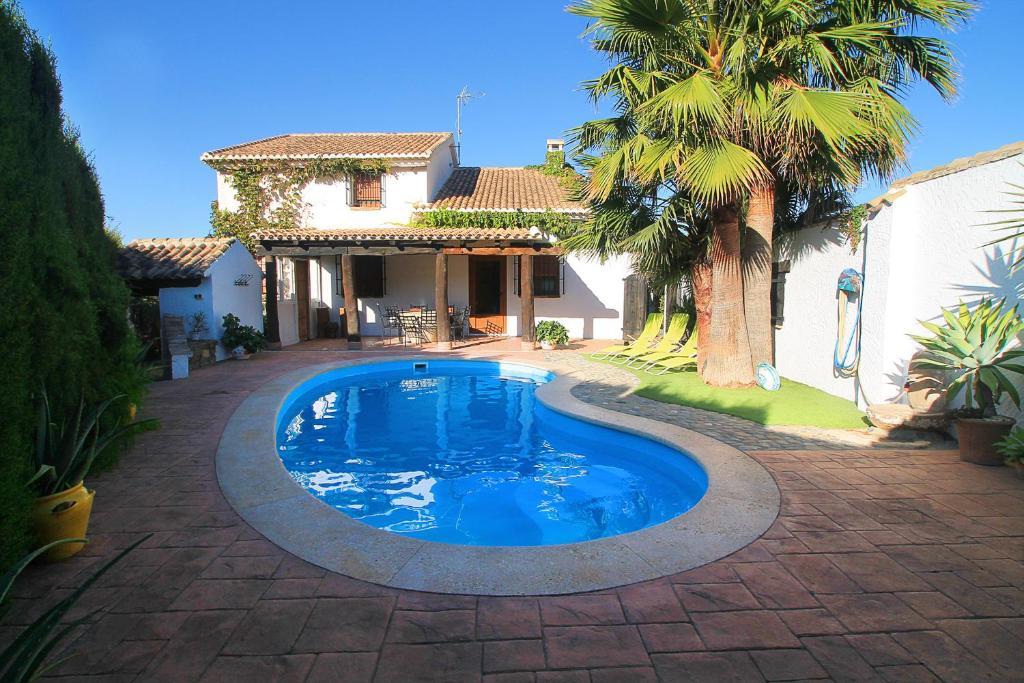 Casa de vacaciones encantadora casa con piscina privada y for Casas de alquiler para vacaciones con piscina privada