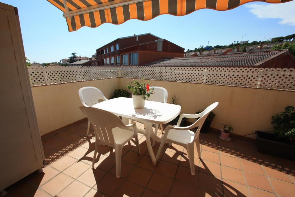Sunny apartment in Masnou (España El Masnou) - Booking.com