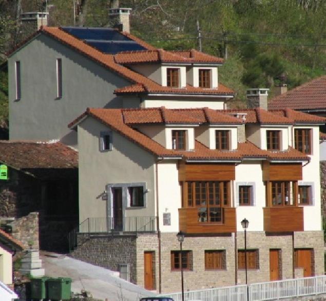 Apartamentos Casa Miño (Espanha Pola de Somiedo) - Booking.com