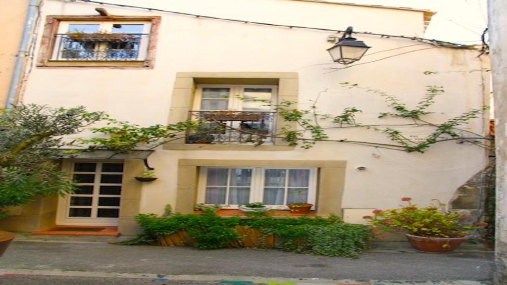 Casa de vacaciones Atelier des poulacres (Francia Conques ...