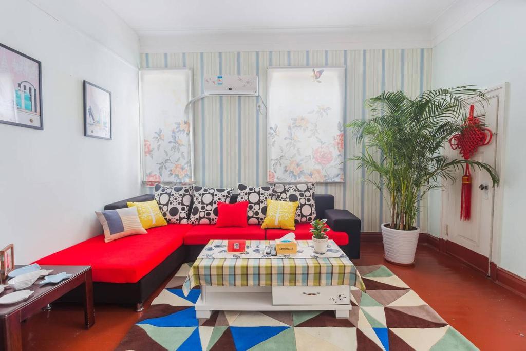 German Fusion Apartment