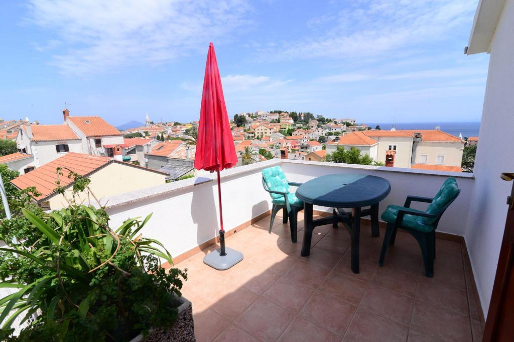 Apartment Mali Losinj 8006b Hotel - room photo 4519886