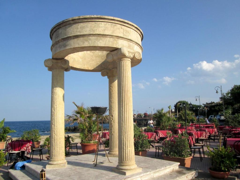Camelia apartments italia giardini naxos - B b giardini naxos economici ...