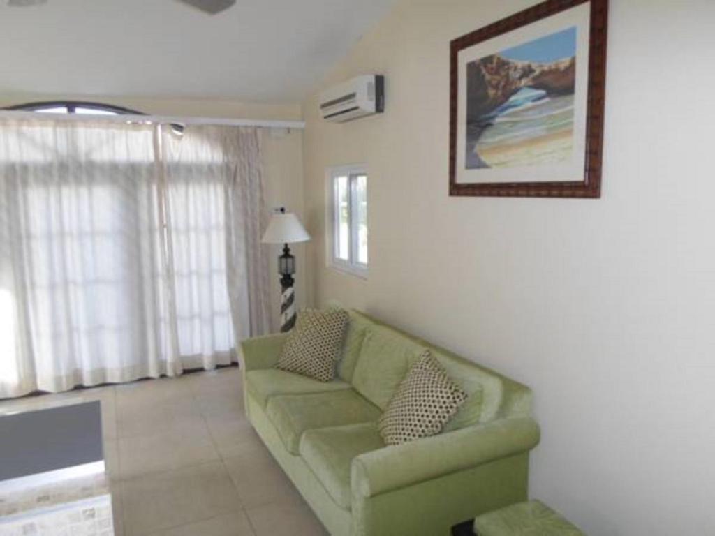 Khu vực ghế ngồi tại Salina Cerca Apartments