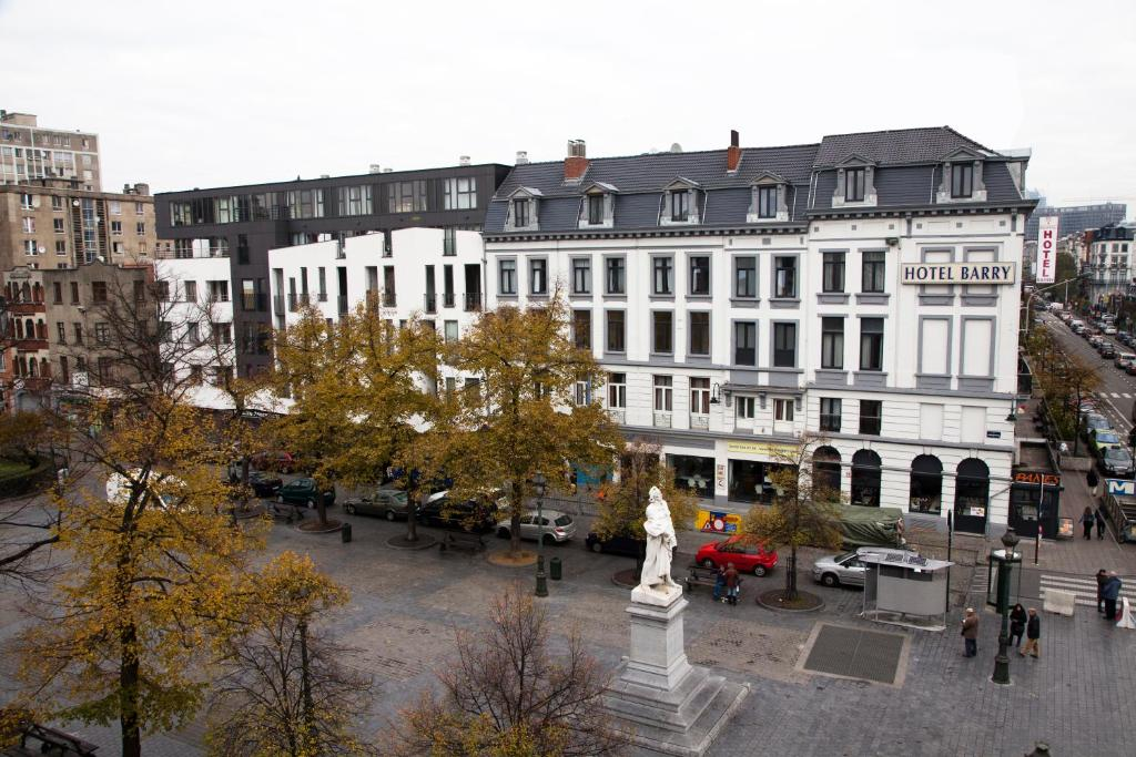 12351113 - Hotel Barry
