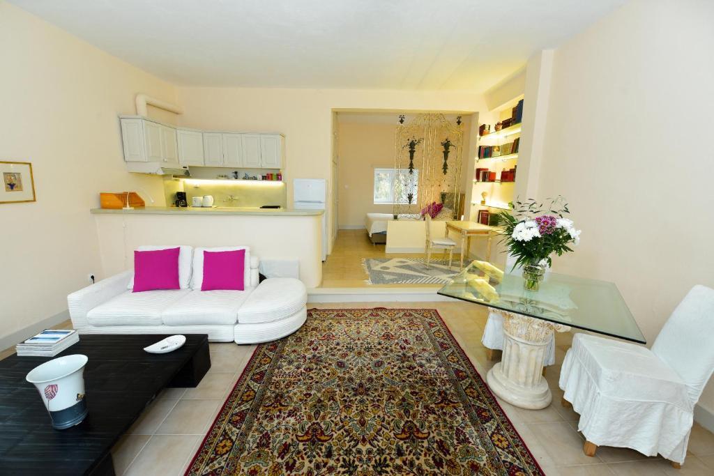 Casa de campo Studio in Triklino Estate (Grecia Áfra ...