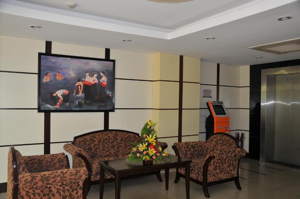Khách sạn Đông Kinh (Khu B)
