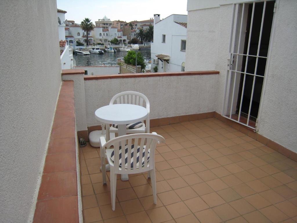 Casa de temporada casa de vacaciones (Espanha Terrassa ...