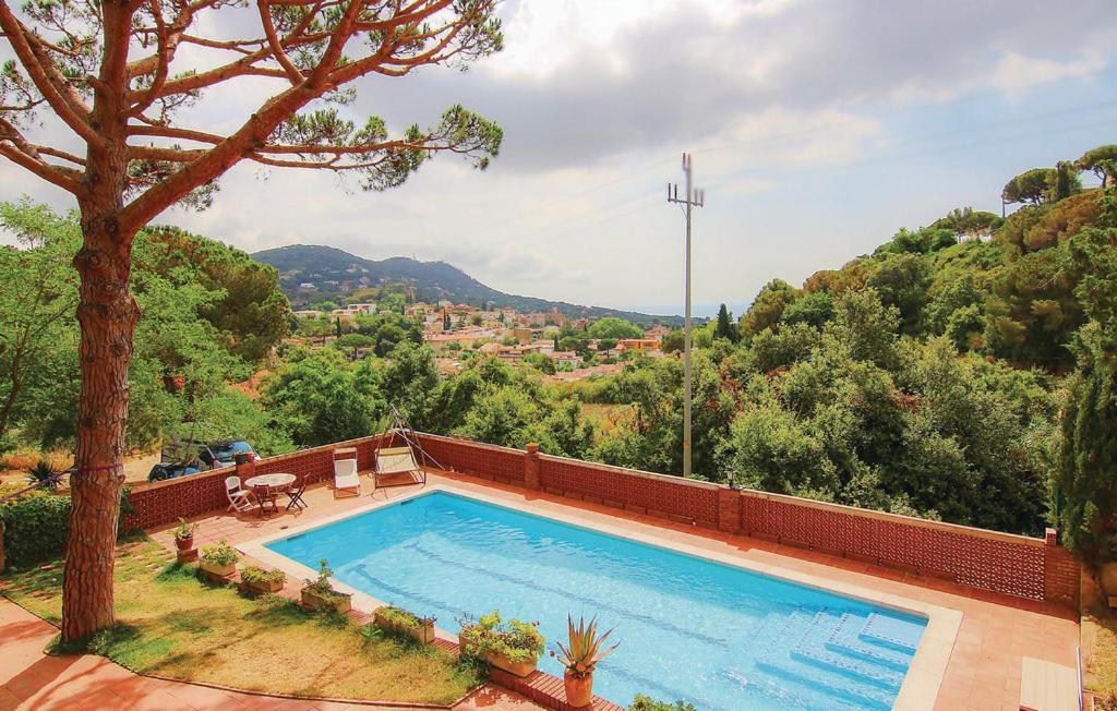 Casa de vacaciones Can Cama (España Cabrils) - Booking.com