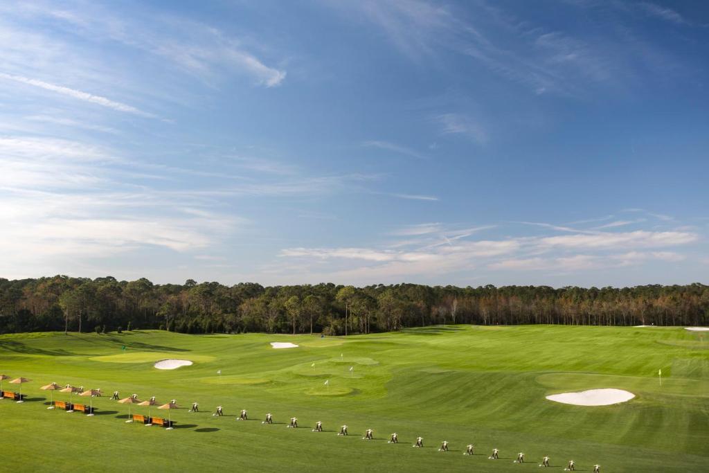 Instalaciones para jugar al golf en el resort