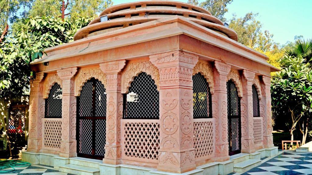 Shanti Sewa Dham, Vrindāvan, India - Booking com