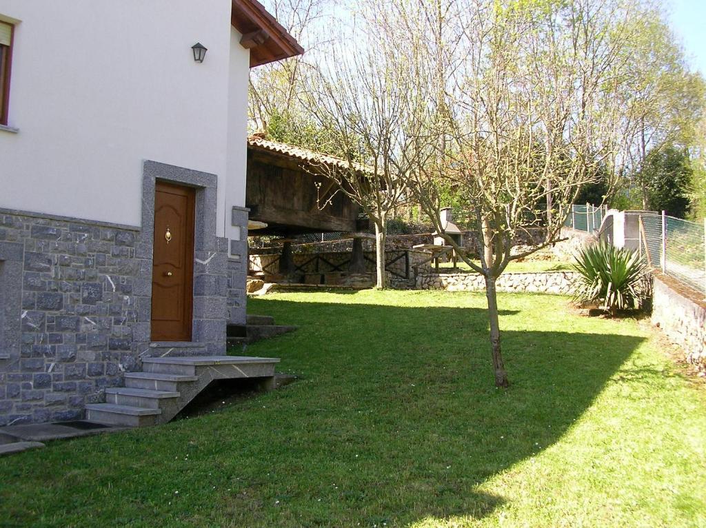 Casa de campo El Roxu (España San Martín de Bada) - Booking.com