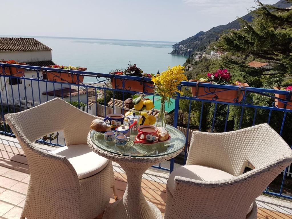 Casa de vacaciones Raito Amalfi Coast House (Italia Vietri ...