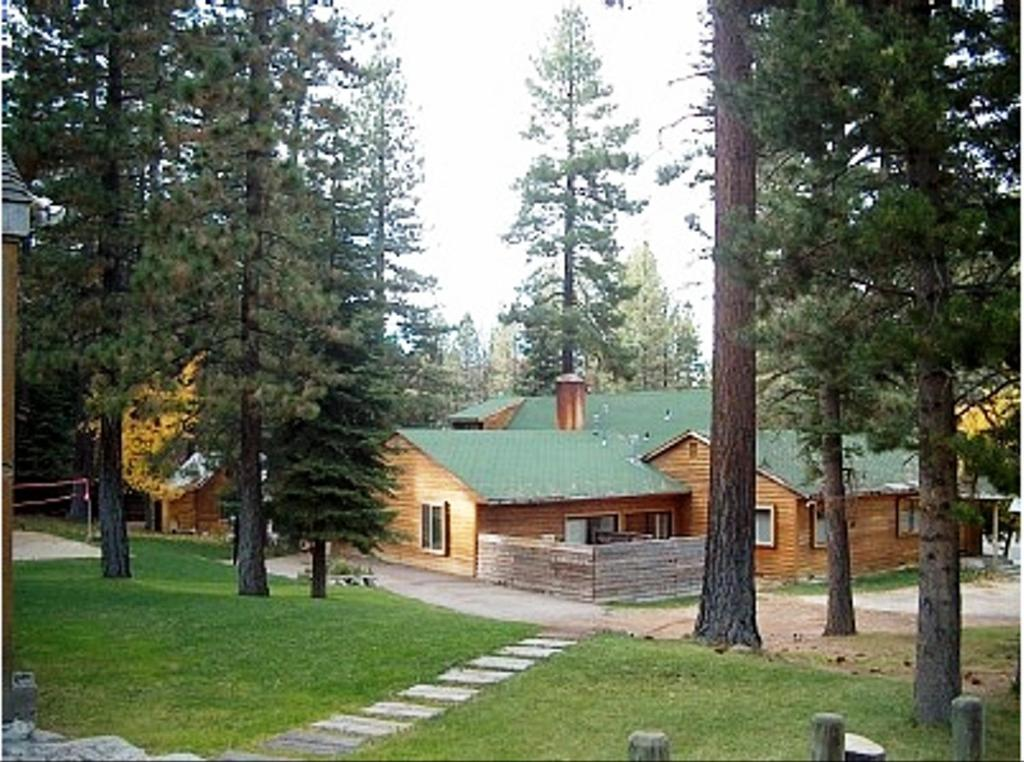 Large Group Vacation Rental 61