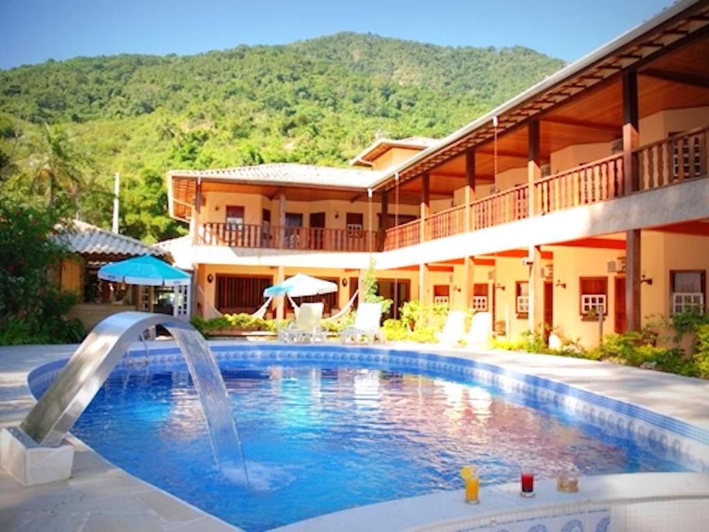 Café Extra Forte 5 Vezes Chico: VELINN Caravela Hotel Santa Tereza (Brasil Ilhabela