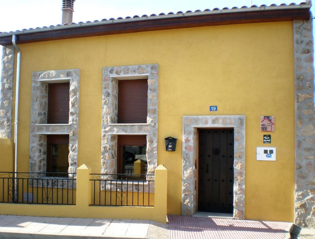 Casa Rural Carmen (España Tenebrón) - Booking.com