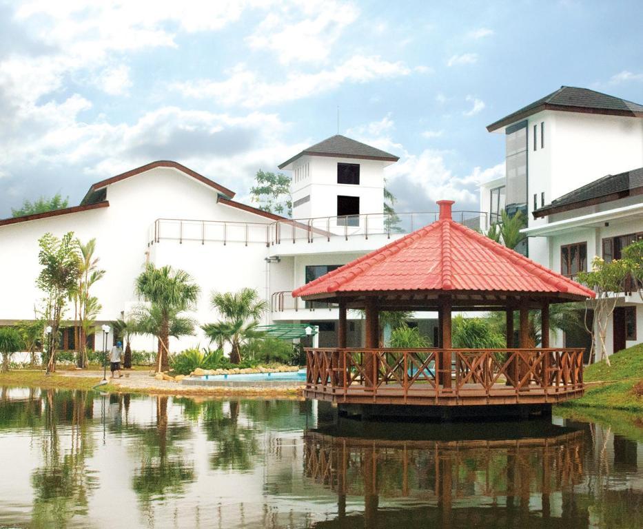 Reserve Rukun Senior Living Jawa Barat Hotel