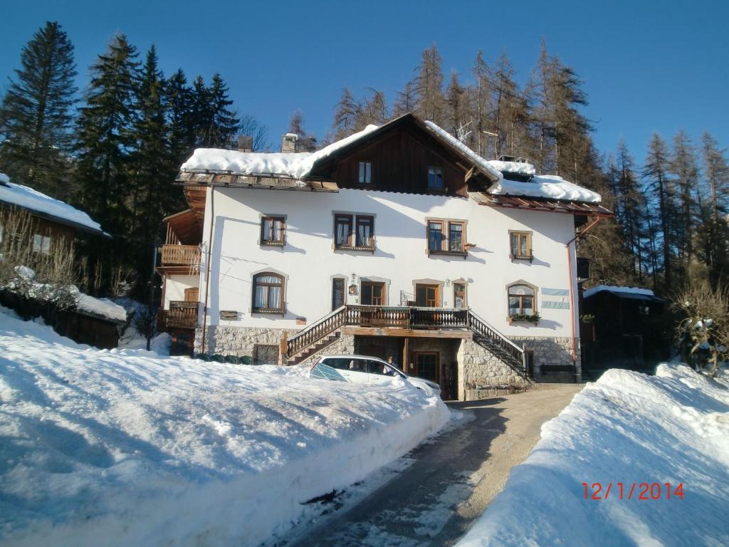 Menardi Sisto B&B (Italia Cortina d'Ampezzo) - Booking.com