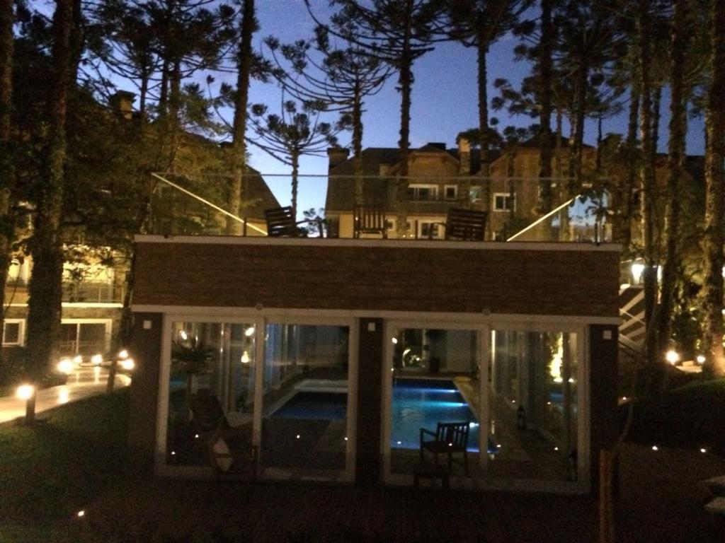 399 Apto. 6 pessoas - Condomínio com piscina