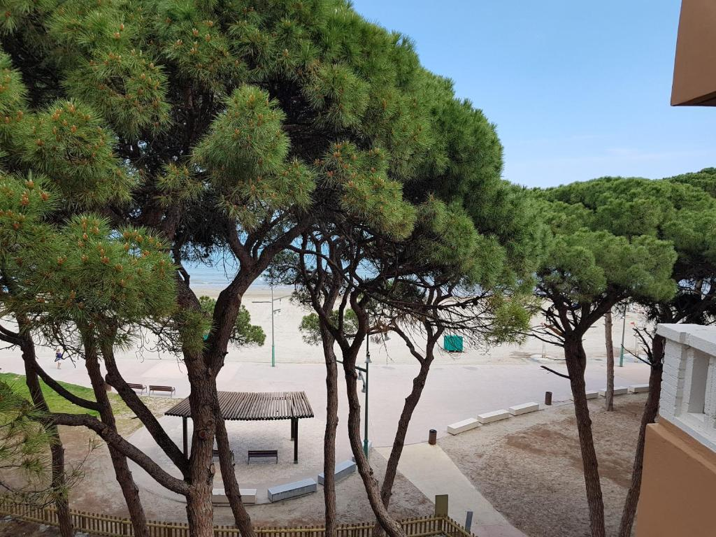Departamento Pineda Mar (España La Pineda) - Booking.com