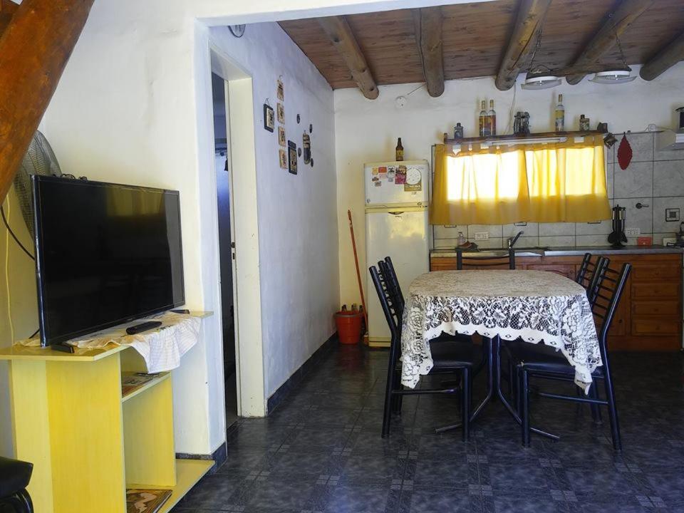 Una televisión o centro de entretenimiento en Vacacion Serrana