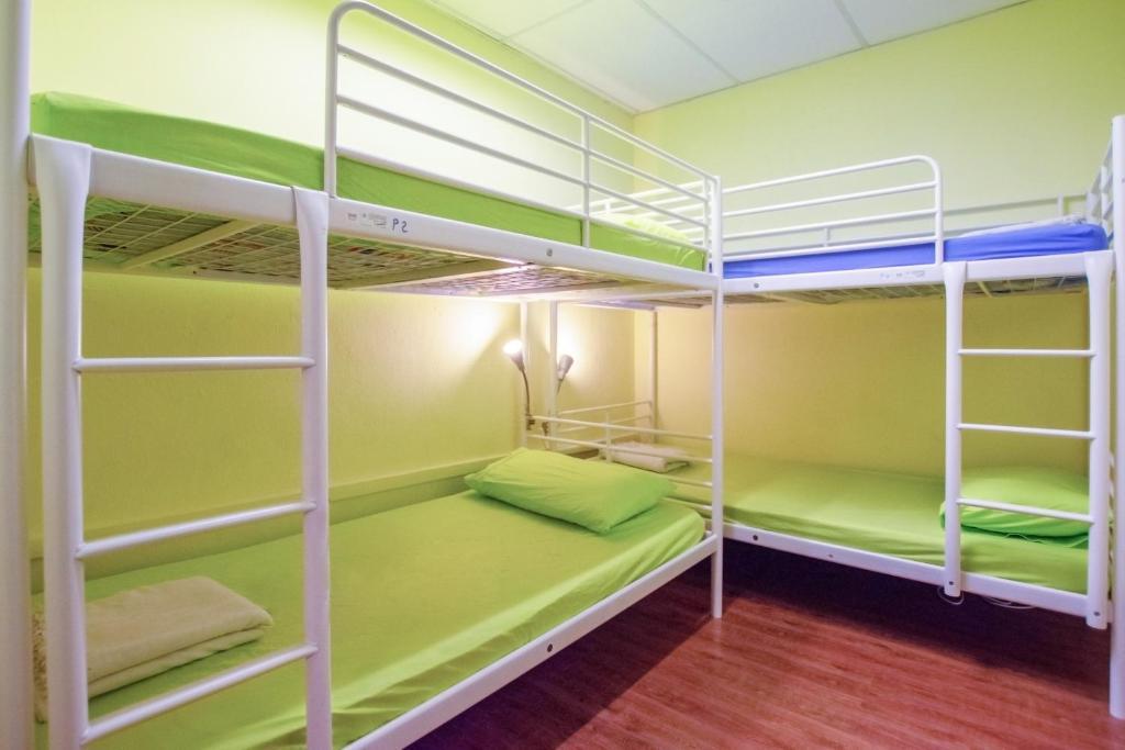 Giường tầng trong phòng chung tại Vintage Inn @ Clarke Quay
