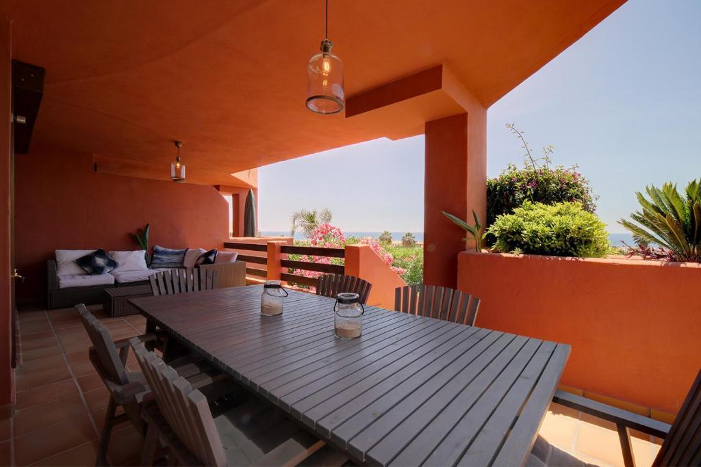 Apartamento Jardin Y Golf Casares (España Casares) - Booking.com