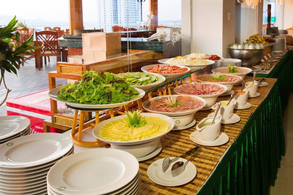 Green World Hotel Nha Trang Dulich24