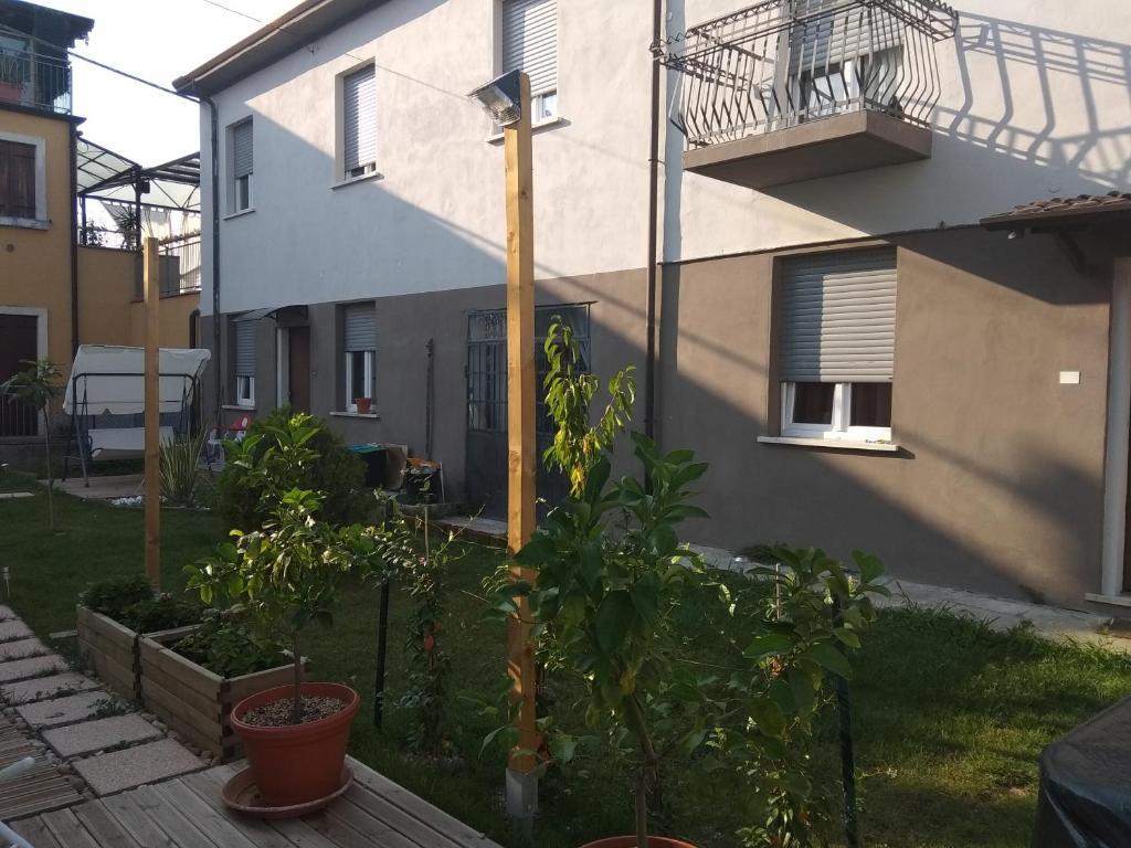 Residenze con giardino (Italia Villafranca di Verona ...
