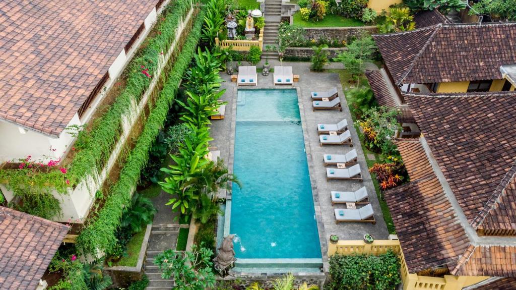 Uma vista da piscina em Jati Cottage ou nos arredores