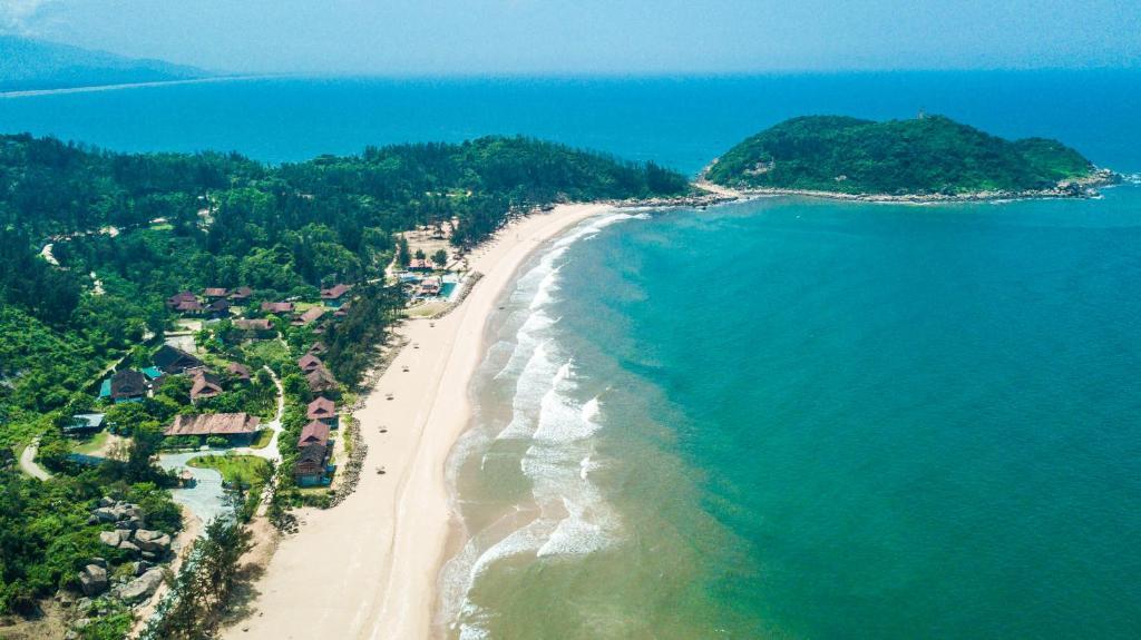 Khung cảnh biển ở Quỳnh Viên
