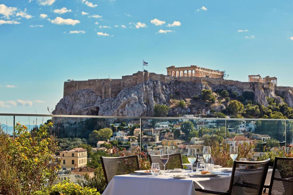 מסעדה או מקום אחר לאכול בו ב-Electra Metropolis