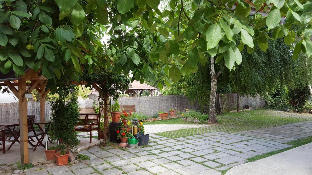 Levandium Apartman (Hungria Miskolc) - Booking.com