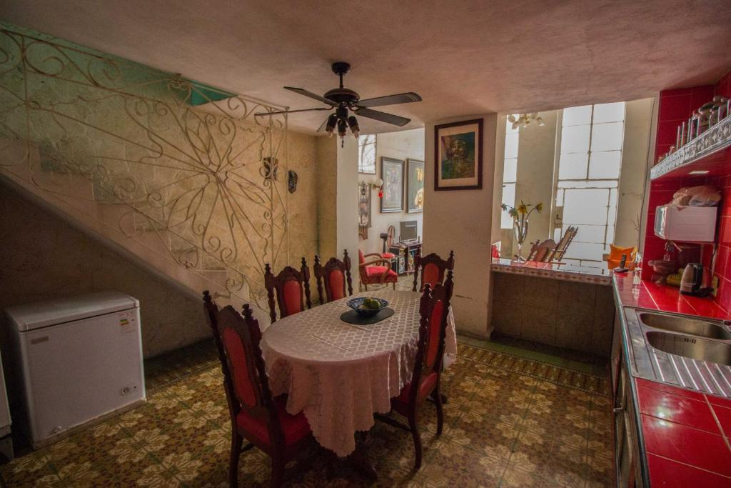 Hotel Galeria House - Comfort & Art together (Cuba Havana ...