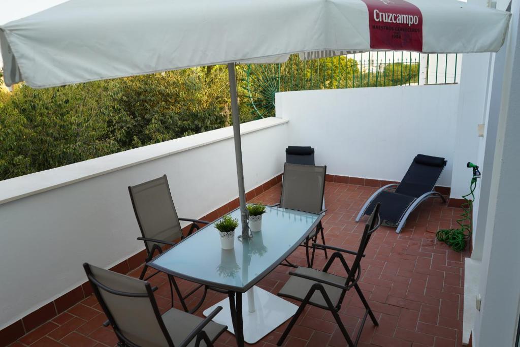 Apartamento Atico con terraza en Alameda de Hercules ...