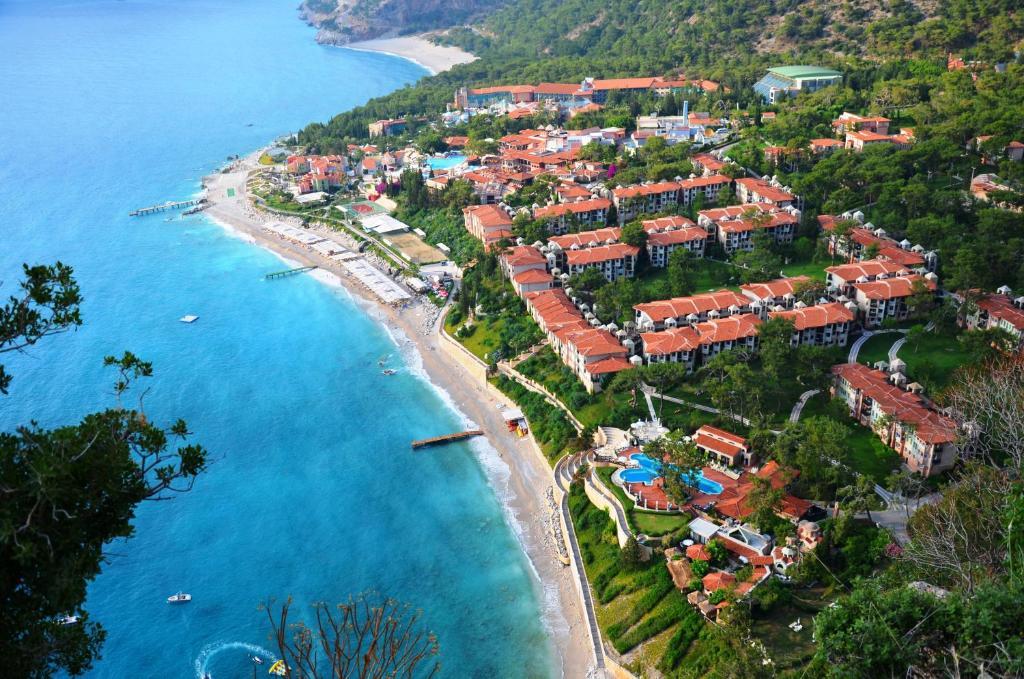 מבט מלמעלה על Liberty Hotels Lykia