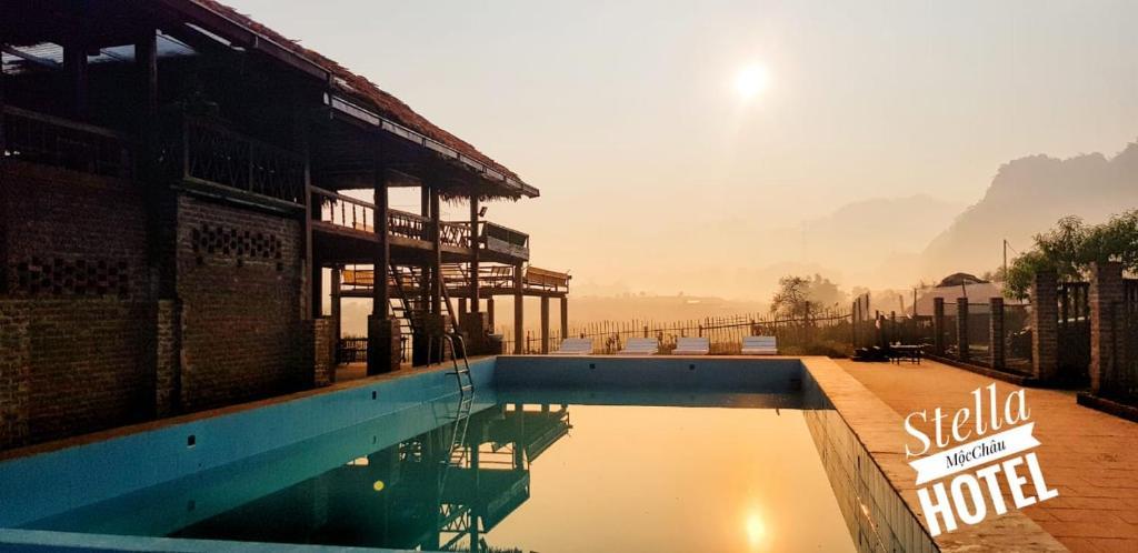 Hồ bơi trong/gần Stella Moc Chau Hotel