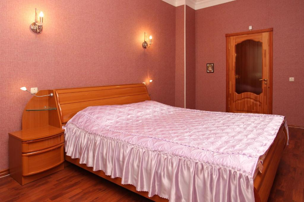 Room-club Апартаменты на Попова