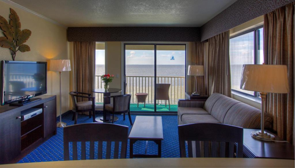 Exceptional Mais 44 Fotos. Fechar ×. Sailport Waterfront Suites