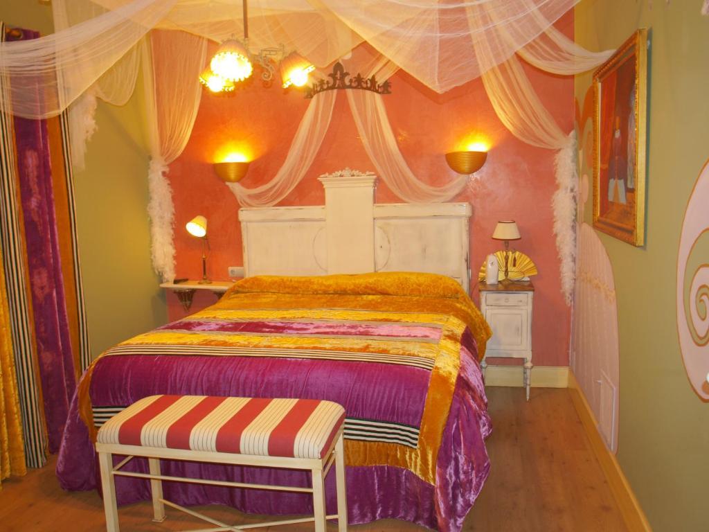 Hotel Posada Del Indiano Espa A Cidones Booking Com # Muebles Lobo Posada