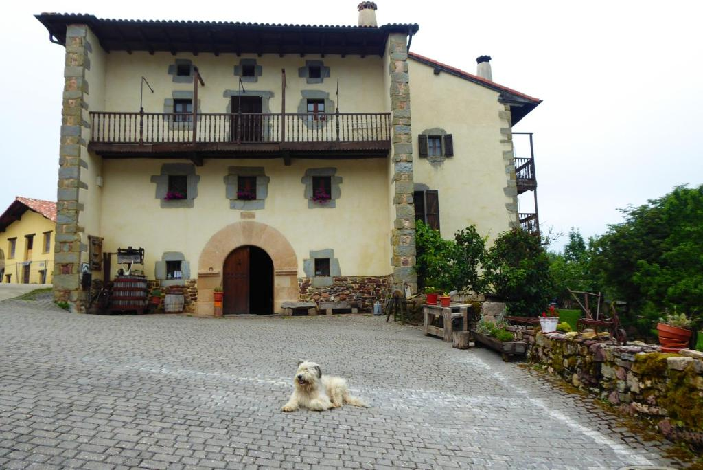 Casa de campo Casa Monaut (España Saragüeta) - Booking.com