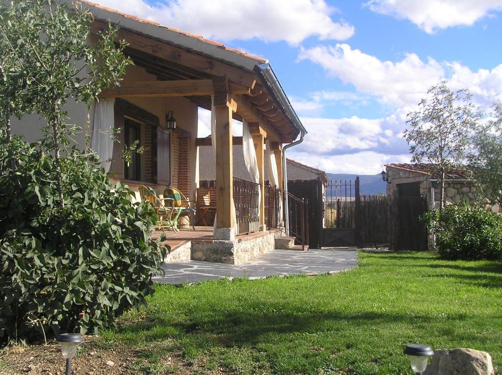 Casa de campo Balcon de Nut II (España Losana de Pirón ...