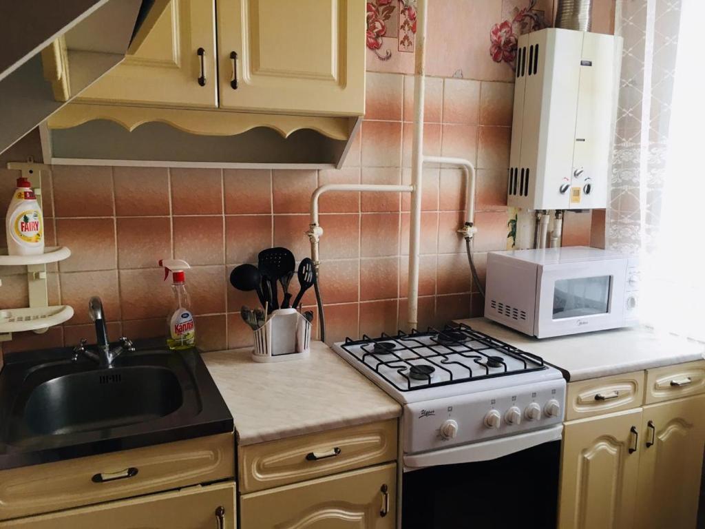 مطبخ أو مطبخ صغير في Apartment on Koshevogo 25a