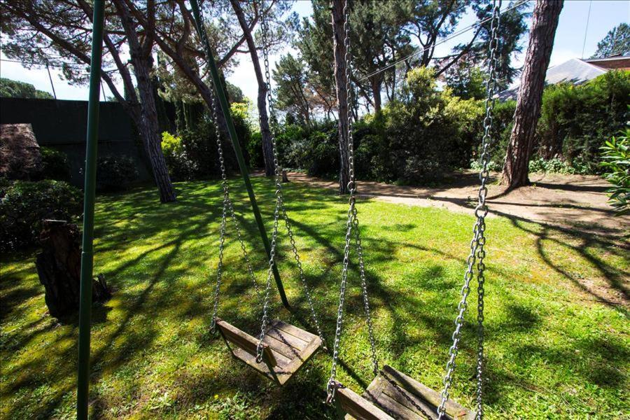Cardedeu Villa Sleeps 12 Pool Air Con WiFi (Espanha Cardedeu ...