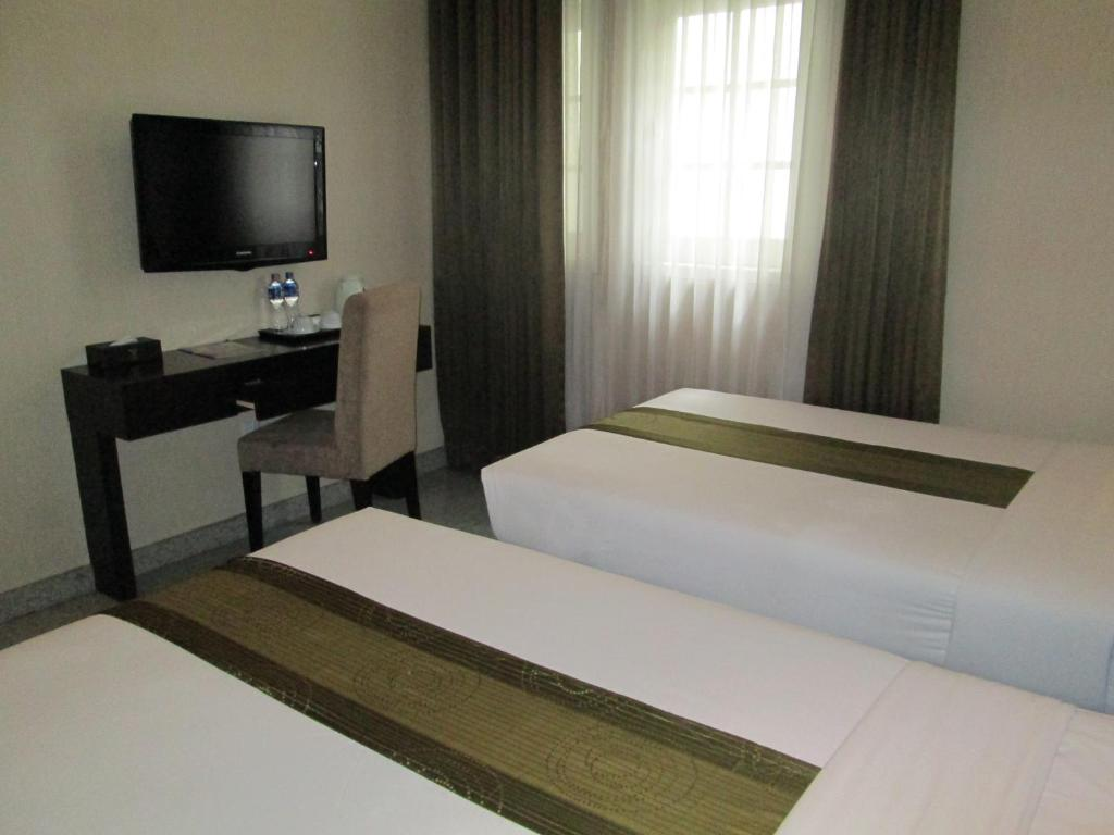 October 2013 West Java Hotels Voucher Hotel Puncak Yasmin Resort And Conference