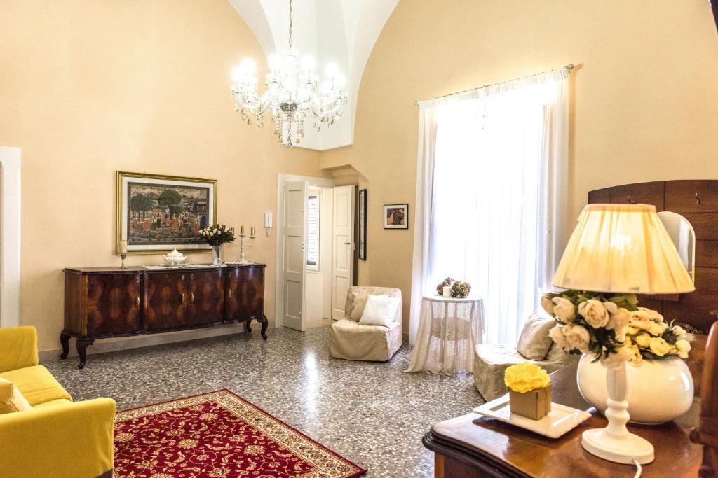 Booking.com: Apartamento LAntica Dimora , Torre Santa ...