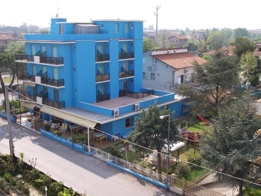 Hotel cavalcanti italia riccione - Web cam riccione bagno 81 ...