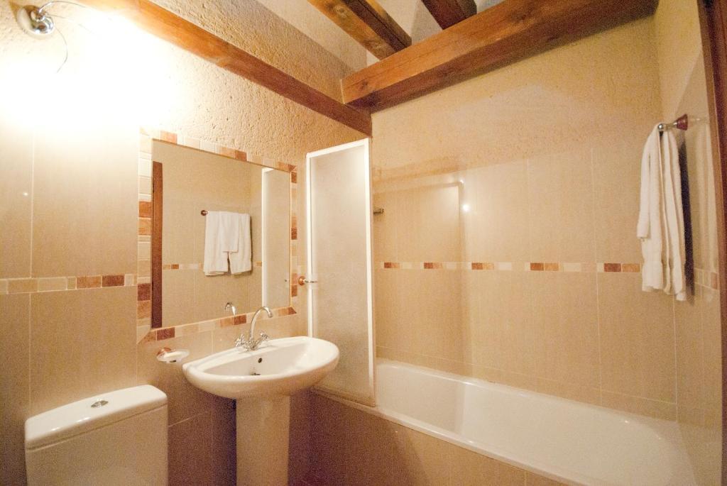 Casa Rural Abuelo Regino (España Segovia) - Booking.com