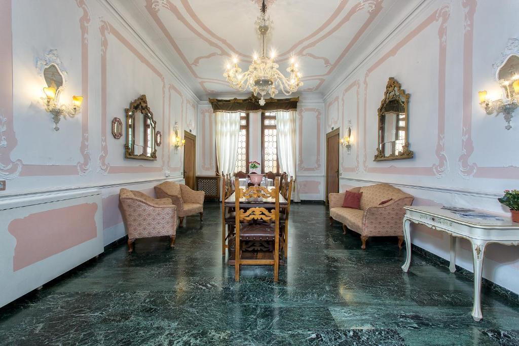 Un lugar para sentarse en Hotel Mezzo Pozzo