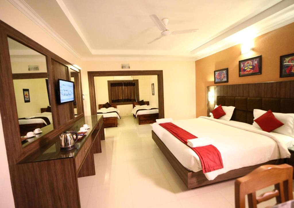 Celebrity Resort Coimbatore, Alāndurai, India - Booking com